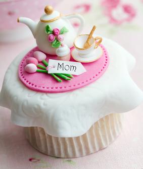 Fondant bl tenpaste und marzipan unterschiede for Torten dekorationen