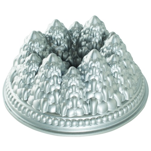 Nordic Ware Christmas Tree Cake Pan
