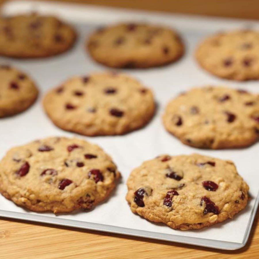 Cookies auf Backpapier